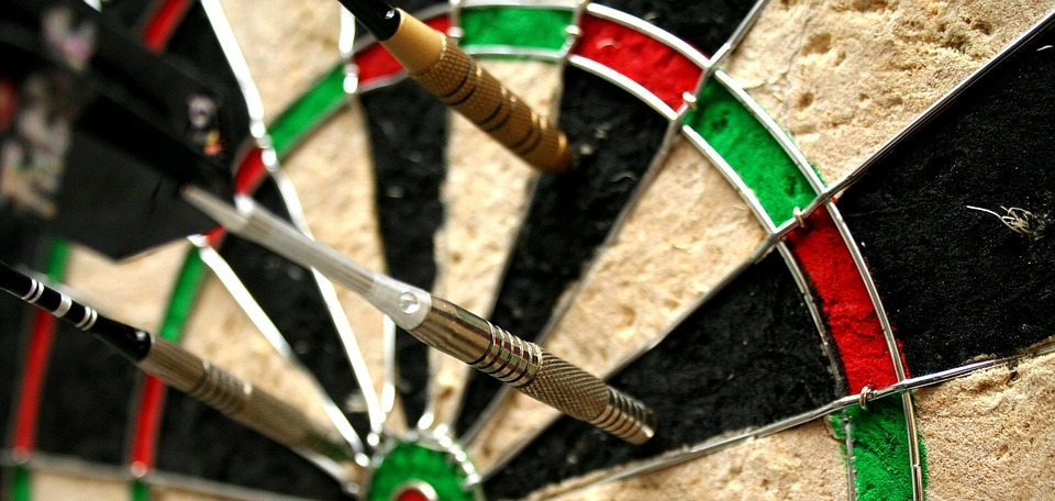 dart-board-1247083_960_720.jpg